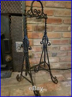 ANTIQUE CAST IRON FIREPLACE TOOL SET & STAND TWISTED CAST IRON Medieval/Gothic
