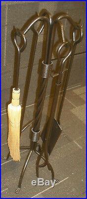 Dagan 5 Piece Twisted Rope Fireplace Tool Set