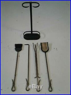 Pilgrim 5-Piece Iron Gate Fireplace Tool Set Iron Burnished Black