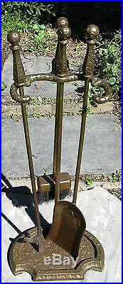 Vintage Arts & Crafts Deco Hammered Iron Brass Fire place Tool Set 3pc Stand
