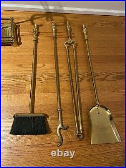 Vintage polished Brass 5-piece Fire Place Tool Set in good condition