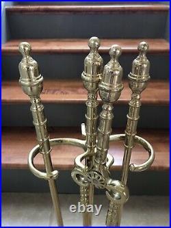 Virginia Metalcrafters 4 Piece Brass Fireplace Tool Set