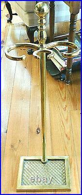 Williamsburg Virginia Metalcrafters/harvin 4 Piece Brass Fireplace Tools Set